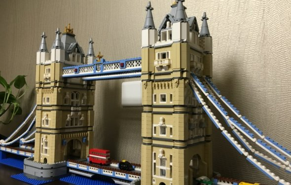 4295pcs New LEPIN 17004 London bridge Model Building Kits